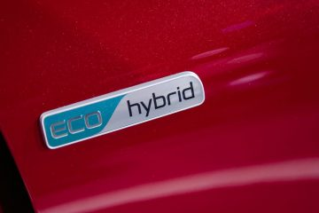 2017 hybrid cars in UK
