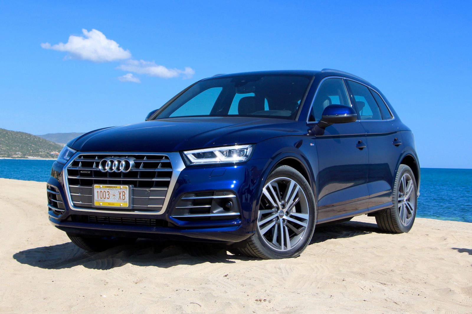 Audi Q Interior Specification Colors Price And Review - Audi car colors