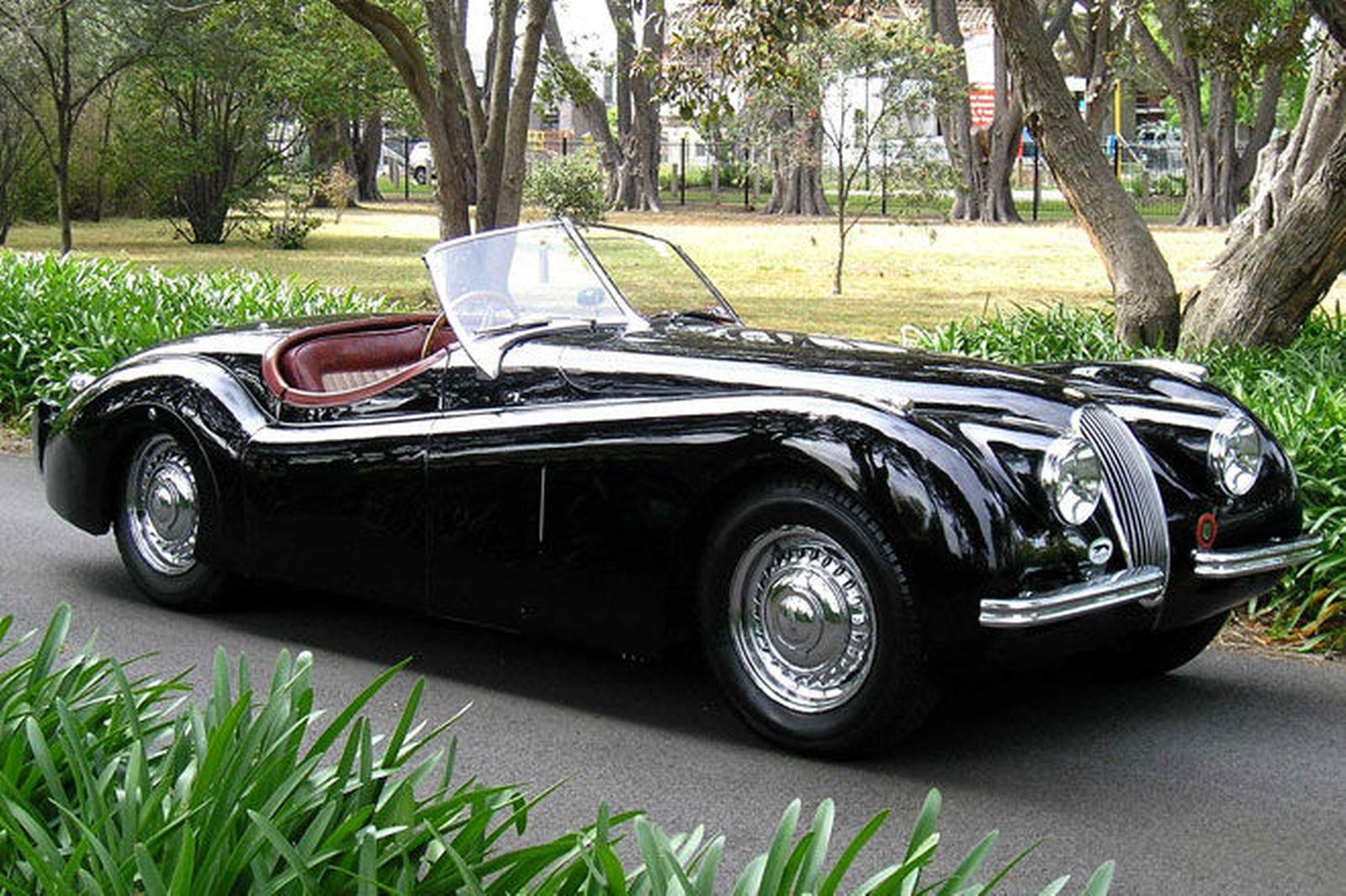 1956 Jaguar Xk 120 In Old School Convertible Cars