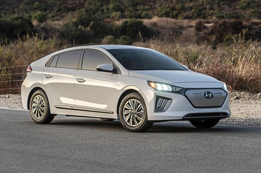 12 Best-Selling Electric Vehicles of 2021