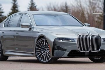 Future Cars: The 2023 BMW 7 Series Wants You to Love It