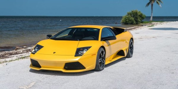 10 Coolest Sports Cars Of The 2000s, Ranked